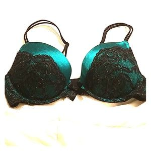 Victoria's Secret 34B very sexy bra